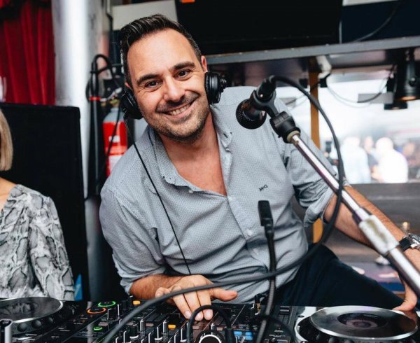 DJ Lanier Daenen Roeselare deejay House Commercieel Techno R&B Hofnar